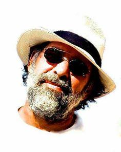ΘΕΜΗΣ ΑΝΔΡΕΑΔΗΣ Wayfarer, Ray Bans, Greek, Mens Sunglasses, Artists, Film, Style, Fashion, Movie