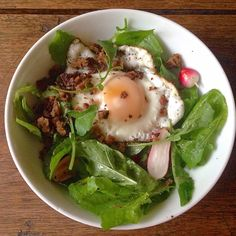 Egg-Rye-Breakfast-Salad