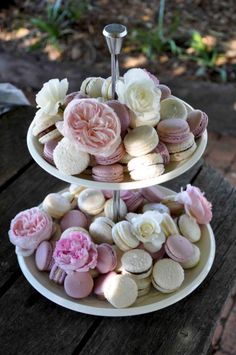 Macaron tower - pink and cream