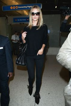 Celebrity Denim: Rosie Huntington-Whiteley // All black everything