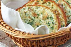 Roasted Garlic Bread by Winner Dinners.