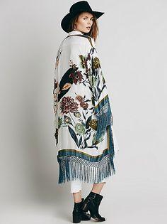 》《Dreaming N Floral Kimono》《
