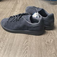 Adidas Suede Stan Smith *NEW LISTING* MENS SIZE 8 1/2 Onix (dark grey) Suede Stan Smith Adidas. Never worn. New with tags. Comes with a Wish Atl bag. Adidas Shoes Sneakers