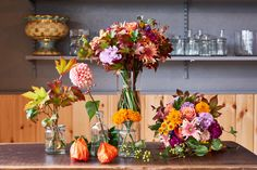 Floral Wreath, Wreaths, Table Decorations, Lifestyle, Interior, Flowers, Sports, Room, Home Decor