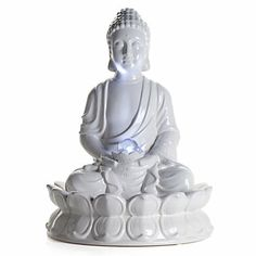 I think this Buddha fountain is so beautiful.....@zgallerie