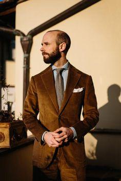 Corduroy suit from Sartoria Pirozzi, Naples – Permanent Style Older Mens Fashion, Mens Fashion Suits, Mens Suits, Jacket Style, Suit Jacket, Brown Corduroy Jacket, Velvet Suit, Brown Suits, Gents Fashion