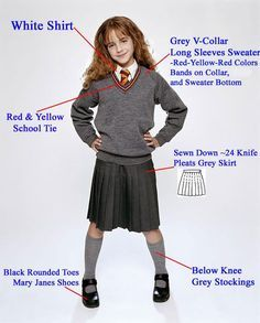 Hermione Outfit Picture harry potter page 138 cosplay hermione costume Hermione Outfit. Here is Hermione Outfit Picture for you. Hermione Outfit harry potter page 138 cosplay hermione costume. Hermione Outfit gryffindor u. Mode Harry Potter, Theme Harry Potter, Harry Potter Hermione, Harry Potter Outfits, Harry Potter Birthday, Harry Potter Costumes, Harry Potter Uniform, Snape Harry, Hermione Granger Costume