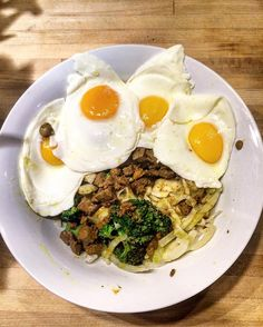 Fennel Broccoli Beef Liver Pasteur Raised Eggs MCT Oil Cold Press Olive and Hemp Oil Himalayan Pink Salt | Refuel | what you put in your body matters! @bulletproofcoffee #bulletproof#bulletproofdiet#bulletproofcoffee#poweredbybulletproof#fuelyourbody#fuelyourmind#highperformance#brainhealth#nutrition#fitfam#energy#wellness#paleo#eatclean#guiltfree#motivation#hardwork#discipline#fitspo#strength#strong#fitness#inspire#diet#scv#socal#recoveryfood#discipline#dinner by adamdimacali