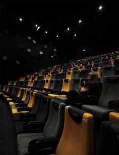 HANGZHOU KERRY CENTRE PREMIERE CINEMAS designed by One Plus Partnership Limited Cinema Theatre, Theatre Design, Movie Theater, Auditorium Design, Outdoor Cinema, Hidden Rooms, Lobby Design, Hangzhou, Home Cinemas