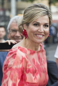 Queen Maxima Photos Photos - Queen Maxima of The Netherlands arrives to attend the opening of Holland Festival on June 4 2016 in Amsterdam Netherlands. - King Willem-Alexander and Queen Maxima of The Netherlands Open Holland Festival