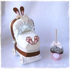 Mini landau de couches lapin choco pour souhaiter la bienvenue à tous les nouveaux nés