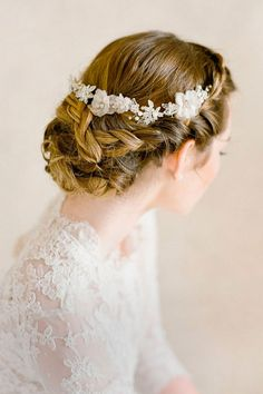 wedding updos hairstyles via bel aire bridal / http://www.himisspuff.com/beautiful-wedding-updo-hairstyles/16/