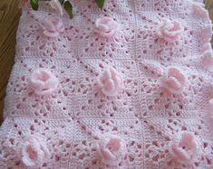 New Crocheted White Roses Baby Afghan Crochet Baby Dress Pattern, Baby Afghan Crochet, Crochet Bebe, Baby Afghans, Crochet Flower Patterns, Flower Applique, Hand Crochet, Crochet Flowers, Crochet Blankets