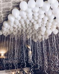 Shared by Find images and videos about white, party and birthday on We Heart It - the app to get lost in what you love. White Party Decorations, Birthday Party Decorations, 21st Decorations, Wedding Balloon Decorations, Food Decoration, Wedding Balloons, Birthday Balloons, 21st Balloons, Party Ballons
