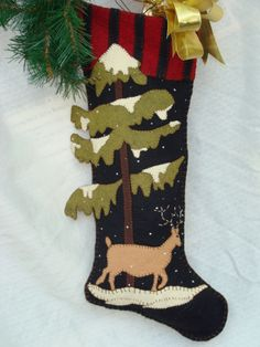 Craft and Sewing Patterns , kits, wool felts , notions, zippers Woodland Christmas, 1st Christmas, Christmas Projects, Christmas Themes, Holiday Crafts, Christmas Holidays, Christmas Decorations, Christmas Ornaments, Felt Projects