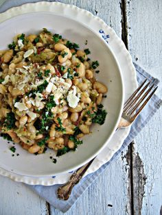 sweetsugarbean: Sprouted Kitchen: Braised White Beans with Leeks & Bacon