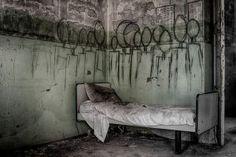 hangman for a dream.Photo by Stefania Ponte Abandoned asylum, Limbiate, Italy Abandoned Asylums, Abandoned Buildings, Abandoned Places, Haunted Asylums, Derelict Places, Mental Asylum, Insane Asylum, Haunting Photos, Creepy Photos