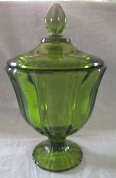 VINTAGE VIKING GLASS COMPANY GREEN COVERED CANDY DISH CIRCA 1950'S
