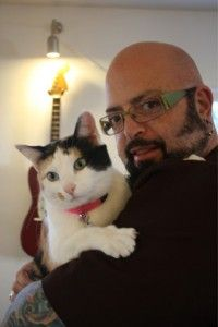 Meet Cat Daddy Jackson Galaxy's furry family members Embrace Pet Insurance, Best Pet Insurance, Jackson Galaxy, Crazy Cat Lady, Crazy Cats, I Love Cats, Cool Cats, I Miss My Cat, Celebrities With Cats