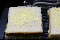 Spinach corn sandwich recipe with step by step photos. learn how to make grilled corn and spinach sandwich with cheese with this easy recipe Corn Sandwich, Sandwich Recipes, Baby Corn Recipes, Cafe Coffee Day, Healthy Sandwiches, Spinach, Grilling, Cheesecake, Easy Meals