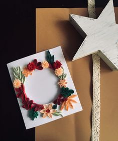 #art #quilling #flower #quillingcard School Projects, Quilling, Frame, Artwork, Flowers, Cards, Decor, Bedspreads, Picture Frame