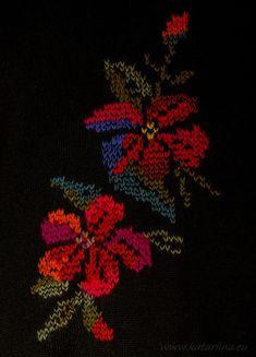Katariina kudugurmee: Lilled seljal.