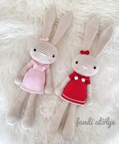 """167 Likes, 3 Comments - Zeynep  (@fandiatolye) on Instagram: """"Elâ ve Eda için ❤️ #örgü #crochet #amigurumi #birlikteörelim #sevgiyleörüyoruz #organikoyuncak…"""""""