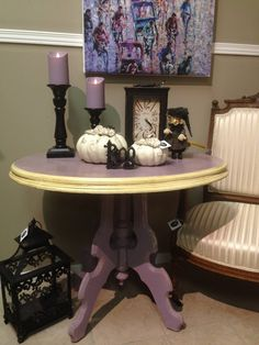 A lovely drum table finished in Emile and Cream Chalk Paint® decorative paint by Annie Sloan   By stockist River House Gifts of Chatham, Ontario