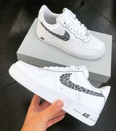 Panter print 🐆 Dm me if you would like a pair of these. Zapatillas Nike Air Force, Sneakers Fashion, Fashion Shoes, Fashion 101, Nike Shoes Air Force, Air Force Sneakers, Nike Air Force Ones, Jordan Shoes Girls, Cute Sneakers