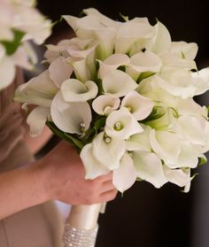 Calla Lilies are modern and romantic with a touch of sparkle!