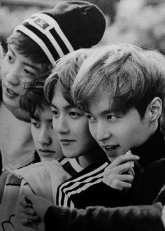 EXO Chanyeol, D.O, Baekhyun and Lay in 'DIE JUNGS' photobook. these cuties tho.. <3 #chanyeol #kyungsoo #yixing