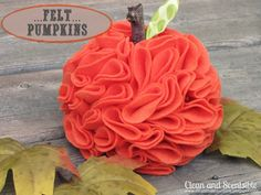 Clean & Scentsible: Felt Pumpkins tutorial using felt circles! It's the cutest!
