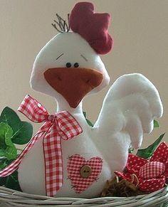 ♥ Everything for children: dolgu oyuncak . Easter Crafts, Felt Crafts, Diy And Crafts, Crafts For Kids, Arts And Crafts, Chicken Crafts, Chicken Art, Sewing Toys, Sewing Crafts