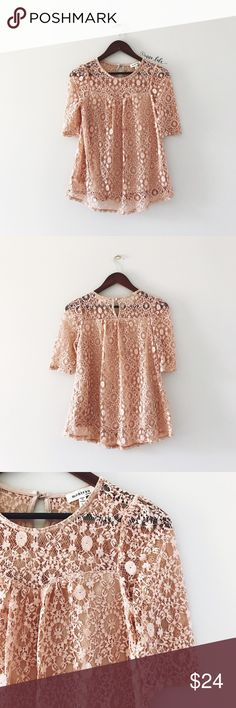 """🆕 Monteau Lace Top -Elbow length sleeves. -Sweetheart neckline beneath lace. -Keyhole and button at back. -When laid flat: 16.5"""" bust, 22"""" from top of shoulder to lining hem, 26"""" from shoulder to lowest point of curved lace hem. -55% Cotton, 45% Nylon. Lined.  📸: @inna_lala Monteau Tops Blouses"""