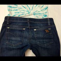 "Joe's DENIM cuff CAPRI size 26 Style:cuffed CAPRI ️Size:26️length:24""️️️️️rise:front/back8""/14""️️waist across top:15""️️hip:18""leg opening:6""️️closure:zipper2% Elastane Joe's Jeans Jeans"