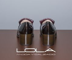 Zapatos con clase para mujeres con clase.  Pincha este enlace para comprar tus mocasines de tacón medio en nuestra tienda on line:  http://lolamodaycalzado.es/otono-invierno-2016/845-mocasin-en-charol-de-lua-lua.html