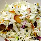 Asian Ramen Coleslaw Recipe--This salad disappears fast! Tip: mix all salad ingredients (except ramen noodles) and chill in fridge until ready to serve. Mix in ramen noodles right before serving so the salad has a nice crunch! Ramen Coleslaw, Ramen Salad, Asian Coleslaw, Coleslaw Salad, Oriental Coleslaw, Chinese Coleslaw, Frango Chicken, Good Food, Yummy Food
