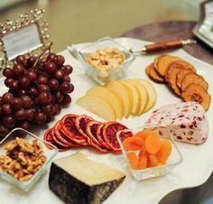 How to Create the Perfect Cheese Platter by Amanda Saiontz Gluck of FashionableHostess.com via { lilluna.com }