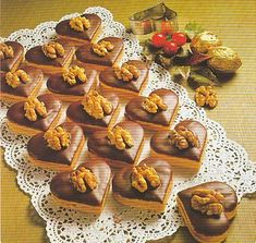 Likérová srdíčka Baking Recipes, Cookie Recipes, Toffee Bars, Wedding Appetizers, Czech Recipes, Cake Truffles, Christmas Cooking, Holiday Cookies, Sweet Recipes