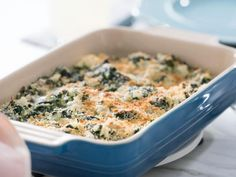 """Creamed Spinach Casserole (Shoebox Memories, Vol. - Trisha Yearwood, """"Trisha's Southern Kitchen"""" on the Food Network. Creamed Spinach Casserole, Vegetable Casserole, Rice Casserole, Casserole Recipes, Breakfast Casserole, Thanksgiving Vegetable Sides, Thanksgiving Recipes, Thanksgiving Prayer, Thanksgiving Appetizers"""