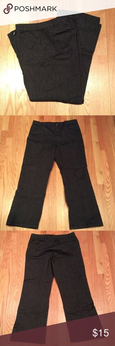 "Black and white woven stretch pant. Size 16. Black and white pant in woven fabric with stretch!  Size 16. Waist 37"" with 29"" inseam. Pockets, front and back. Mostly cotton with some polyester and spandex. NWOT. Pants Trousers"