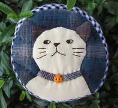 FREE shipping handmade cat quilt applique fabric wallet pocket coin pouch purse mini bag by Khanoon on Etsy