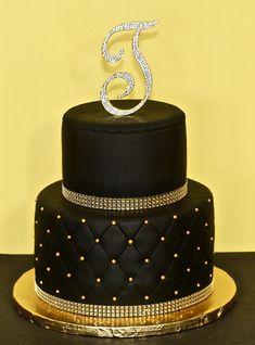 Birthday Cakes by Cecy Huezo . Birthday Cakes by Cecy Huezo . Elegant Birthday Cakes, Sweet 16 Birthday Cake, Beautiful Birthday Cakes, Gold Birthday Cake, Birthday Cakes For Women, 50th Birthday, Birthday Board, Birthday Ideas, Black Wedding Cakes