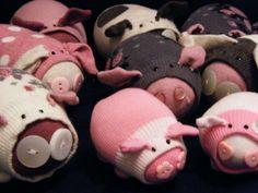 Caroline Coates: make sock pigs! Kids Crafts, Sock Crafts, Rice Sock, Sock Dolls, Rag Dolls, Fabric Dolls, Sock Puppets, This Little Piggy, Sock Animals