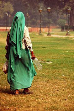 Frau in Delhi  #streetphotography
