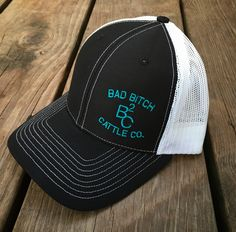 Black Bad Bitch Cattle Cap Cowgirl Hats, Cowgirl Style, Cowboy Boots, Western Purses, Western Belts, Cool Style, My Style, Country Outfits, Baseball Caps