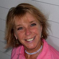 """Alison J. Kay, PhD is a Holistic Life Coach, an India trained YA Yoga & Meditation teacher, an ACE Certified Personal Trainer, and an energy healer/shifter of 18 years nicknamed """"the lightning bolt"""" due to the power of her energy healings and clearings with clients around the globe."""
