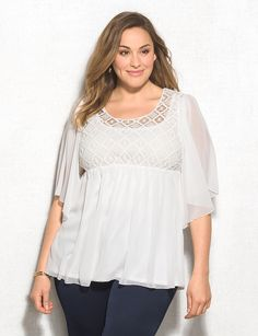 5321b4bb861 Beautiful white top Plus Size Women s Tops