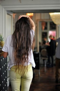 I just want my hair this long!