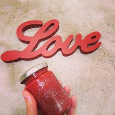 Como ser una super Mami y no morir en el intento: Letrero LOVE pintado con Fleur Paint